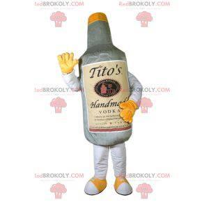 Riesiges graues Wodkaflaschenmaskottchen. Alkohol -