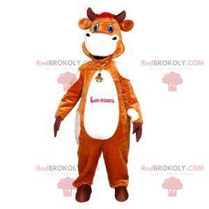 Realistický a zábavný maskot hnědé a bílé krávy - Redbrokoly.com