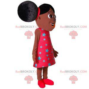 African girl mascot with two large quilts - Redbrokoly.com
