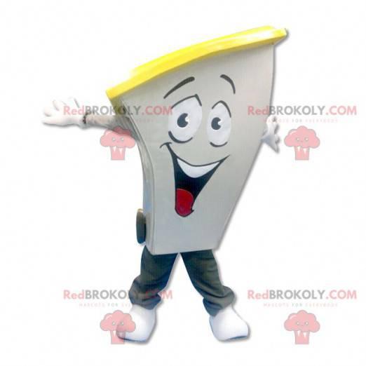 Recycled trash mascot - Redbrokoly.com