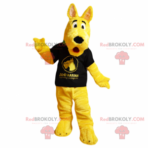 Gul hundemaskot med svart t-skjorte - Redbrokoly.com