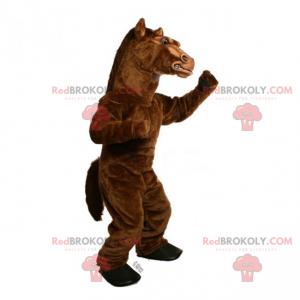 Velký hnědý hřebec maskot - Redbrokoly.com