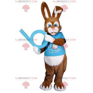 Maskot králíka s modrýma očima s tričkem - Redbrokoly.com