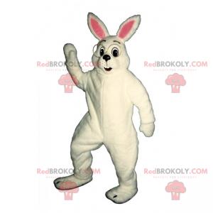 Biały królik maskotka z dużymi okrągłymi okularami -