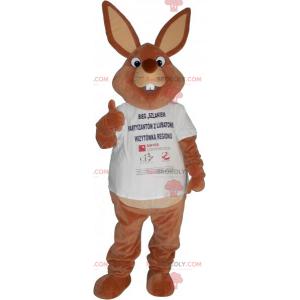 Kanin maskot i t-skjorte - Redbrokoly.com