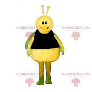 Gelbes Schmetterlingsmaskottchen und grüne Flügel -