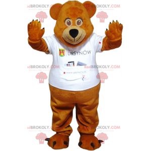 Small wild boar mascot in sportswear - Redbrokoly.com