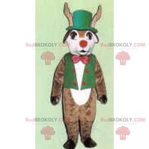 Maskotka renifera w zielonym stroju i czerwonym nosie -