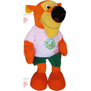 Mascota de tigre naranja con camiseta y pantalones cortos -