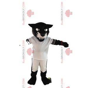 Maskot černý panter v bílém fotbalovém oblečení