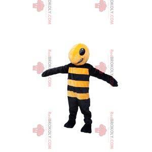 Mascota de avispa amarilla y negra agresiva. Disfraz de avispa