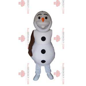 Mascotte pupazzo di neve bianca con una carota sul naso