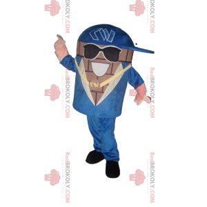 Maskot sněhuláka s modrým oblekem a slunečními brýlemi