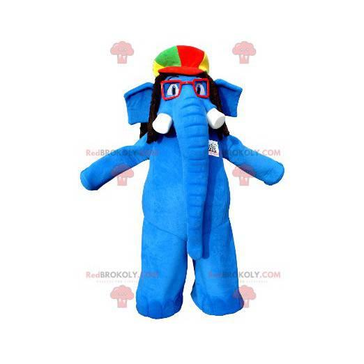 Maskotka niebieski słoń w okularach i kolorowy kapelusz -