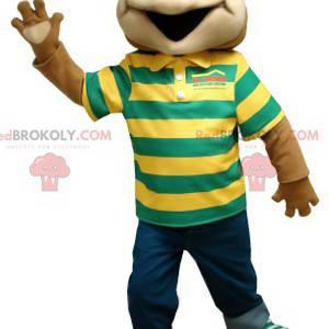 Braunes Froschmaskottchen mit einem gestreiften Poloshirt -