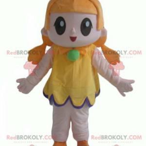 Rusovlasá dívka maskot s velmi úsměvem žluté šaty -