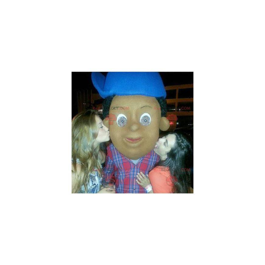 Afroamerikanermaskottchen mit einer blauen Kappe -