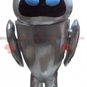 Metaliczna szara maskotka robota z niebieskimi oczami -