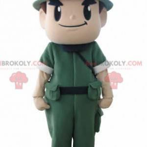 Maskottchen eines Militärsoldaten mit Uniform und Helm -