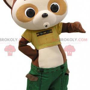 Brązowo-beżowa maskotka panda z zielonymi spodenkami -