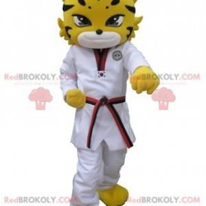 Maskot žlutý tygr leopard oblečený v bílém kimonu -