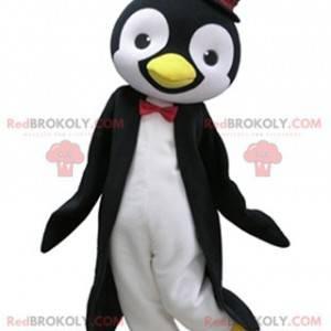 Maskot černobílý tučňák s cylindrem - Redbrokoly.com