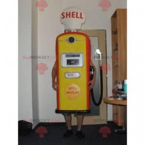 Obří červený a žlutý maskot benzínového čerpadla -