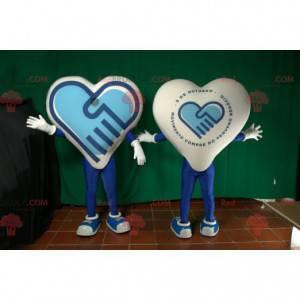 Maskot kæmpe blåt og hvidt hjerte. Farverigt hjerte -