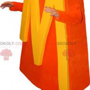Oranžový sněhulák maskot s písmenem M. - Redbrokoly.com