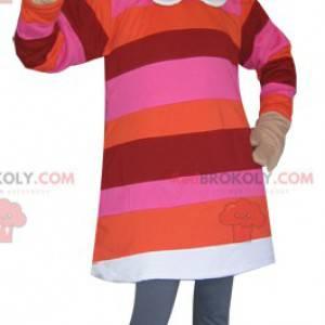 Maskot blonďatá dívka oblečená v pruhovaných šatech -