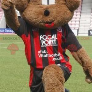 Mascota del perro marrón en ropa deportiva - Redbrokoly.com