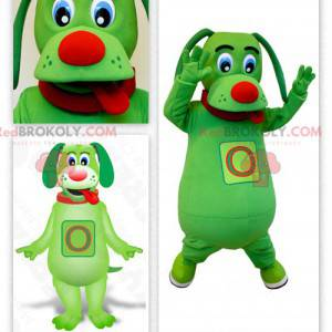 Maskotka zielony pies wystaje język - Redbrokoly.com