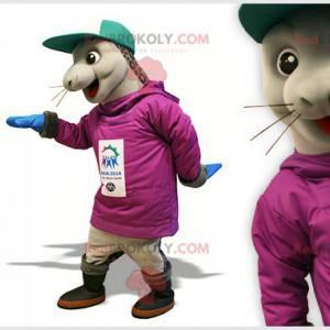 Grijze zeehond zeeleeuw mascotte met een pet - Redbrokoly.com
