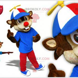 Brązowo-beżowa wiewiórka maskotka z czapką - Redbrokoly.com