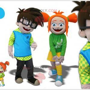 2 maskotki: chłopiec i dziewczynka. 2 dzieci 2 uczniów -