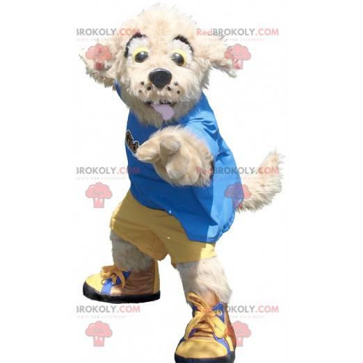Beiges Hundemaskottchen im gelben und blauen Outfit -