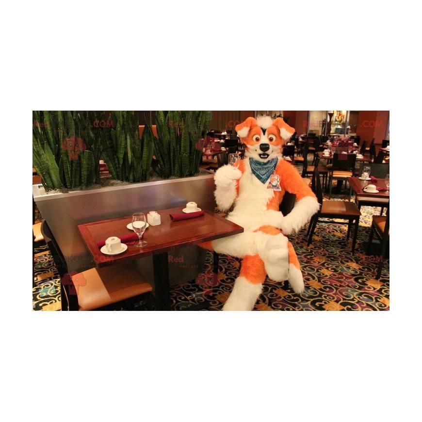 Oranžový a bílý pes maskot - Redbrokoly.com