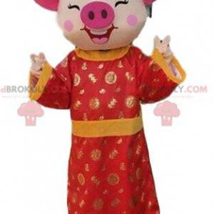 Maskot prasete v asijských šatech, asijský kostým -