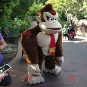 Famous gorilla video game Donkey Kong mascot - Redbrokoly.com