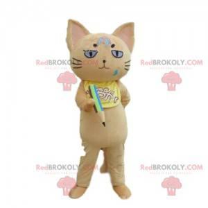 Beige Katzenmaskottchen mit einem Bleistift, Schuljungenkostüm