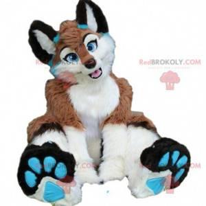 Maskot hnědé, bílé a modré lišky, obří a chlupatý -