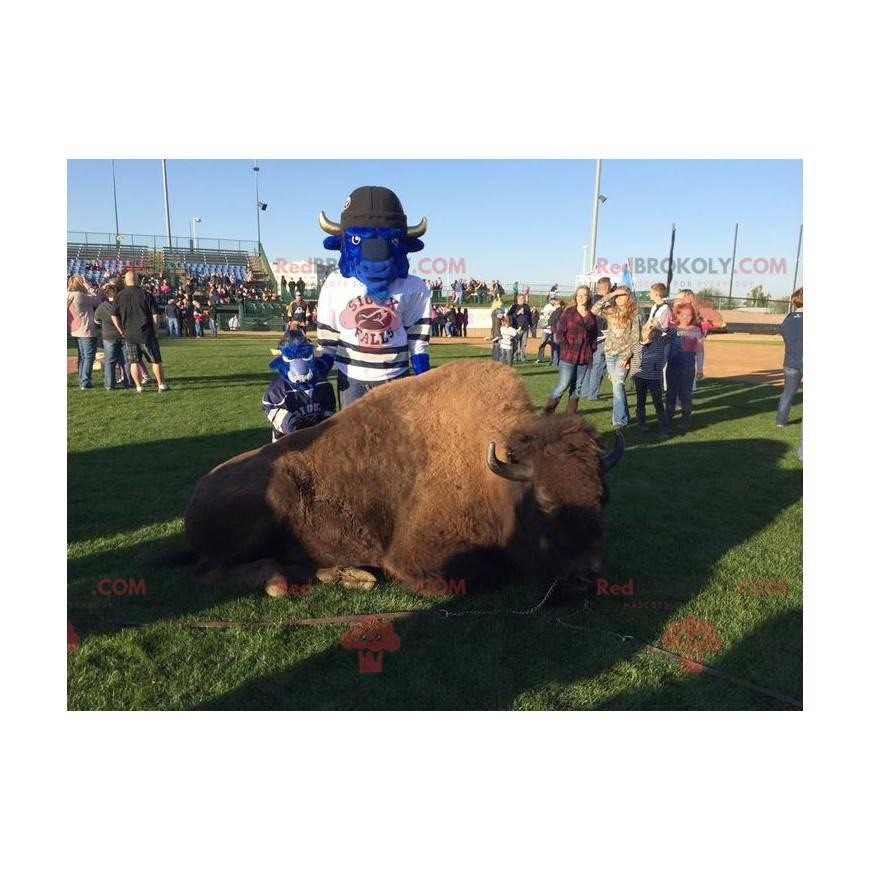 Impressive blue buffalo mascot - Redbrokoly.com