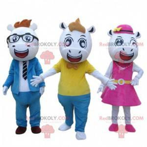3 maskoti krav v elegantním oblečení, 3 býci - Redbrokoly.com